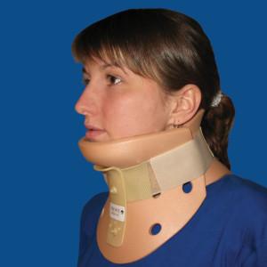 Бандаж для шеи при остеохондрозе