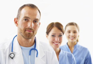 Врач с медсестрами